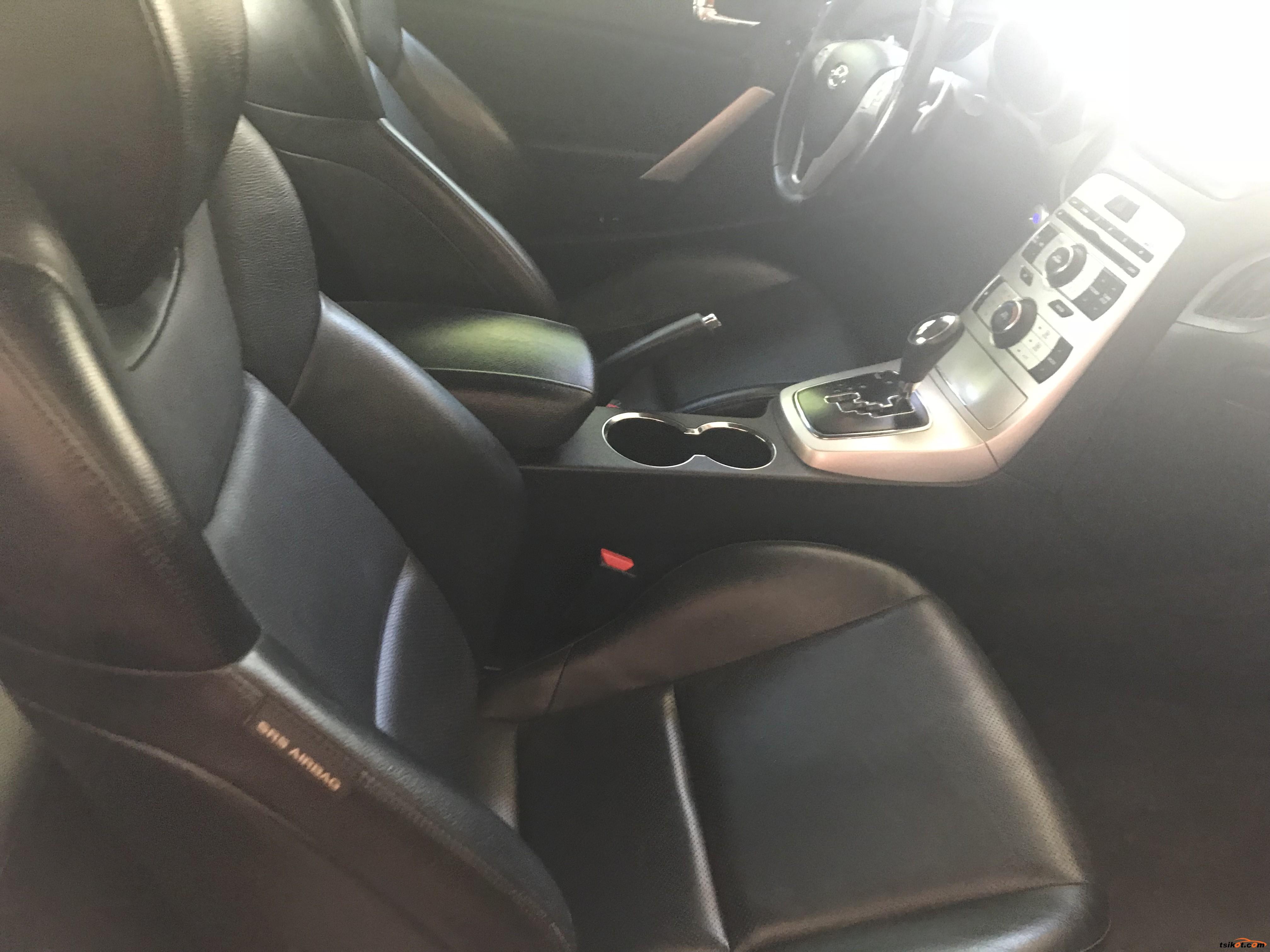 Hyundai Coupe 2010 - 9