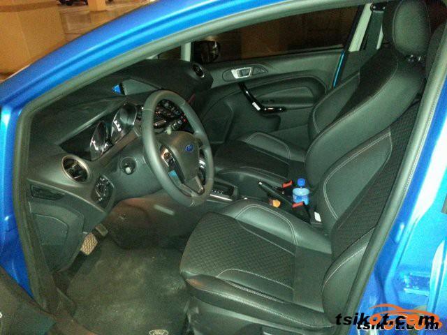 Ford Fiesta 2014 - 3
