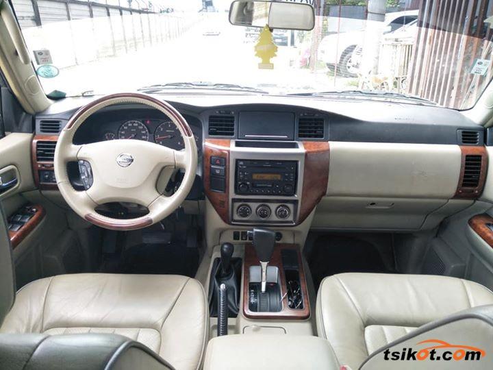 Nissan Patrol 2010 - 4