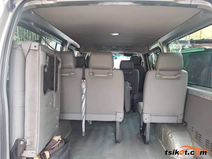 Toyota Hiace 2017 - 5