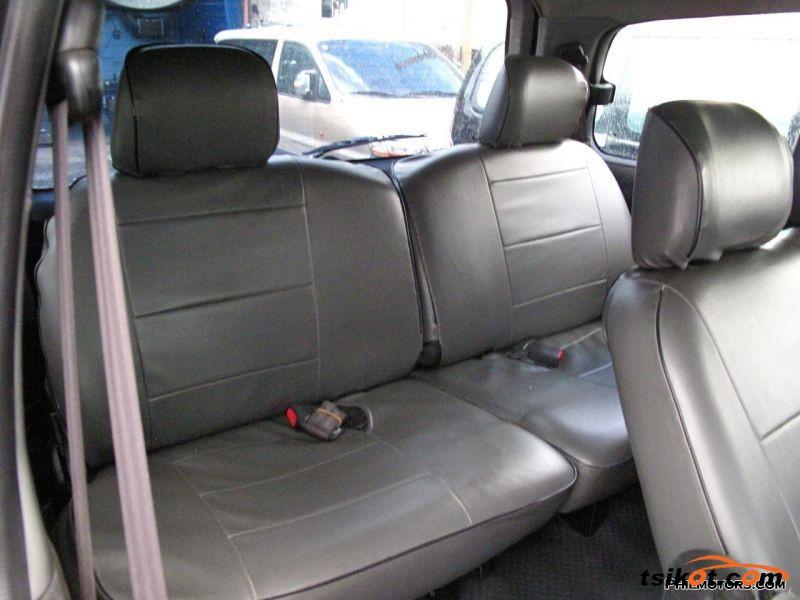 Hyundai Starex 2001 - 3