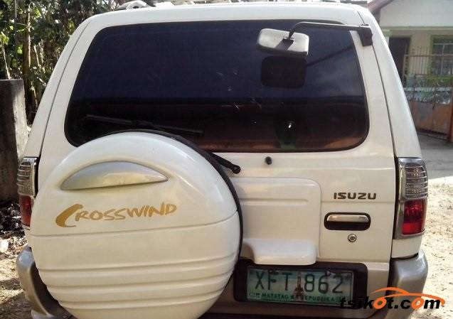 Isuzu Crosswind 2003 - 2