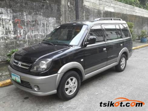 Mitsubishi Adventure 2010 - 1