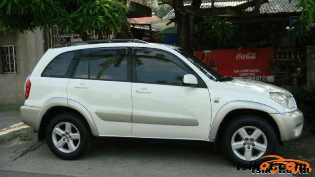 Toyota Rav4 2004 - 4