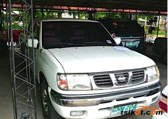 Nissan Frontier 2001 - 1