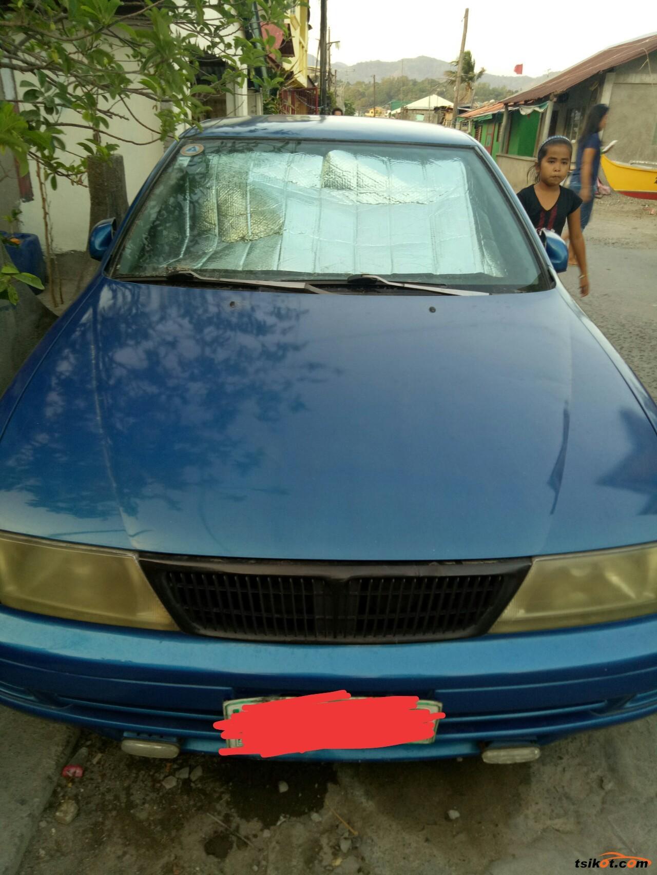 Nissan Sedan 1997 - 2