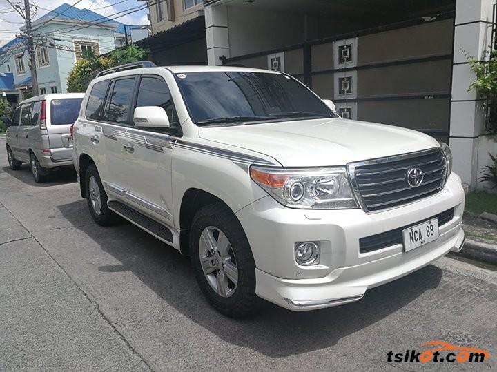 Toyota Land Cruiser 2014 - 1