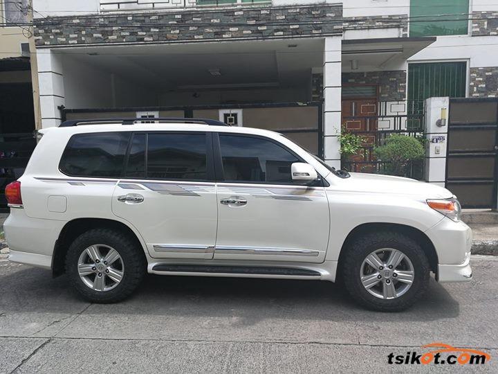 Toyota Land Cruiser 2014 - 3