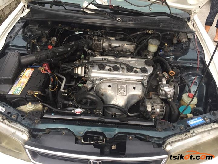 Honda Accord 1996 - 5