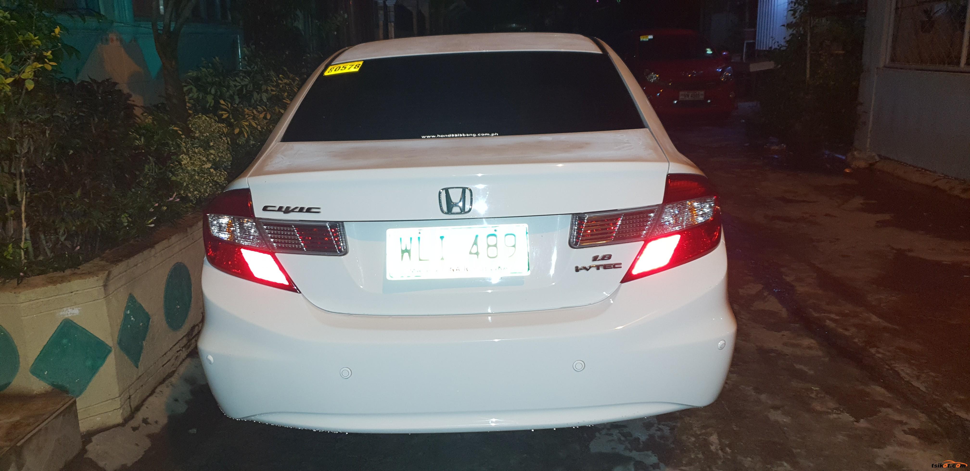 Honda Civic 2013 - 9
