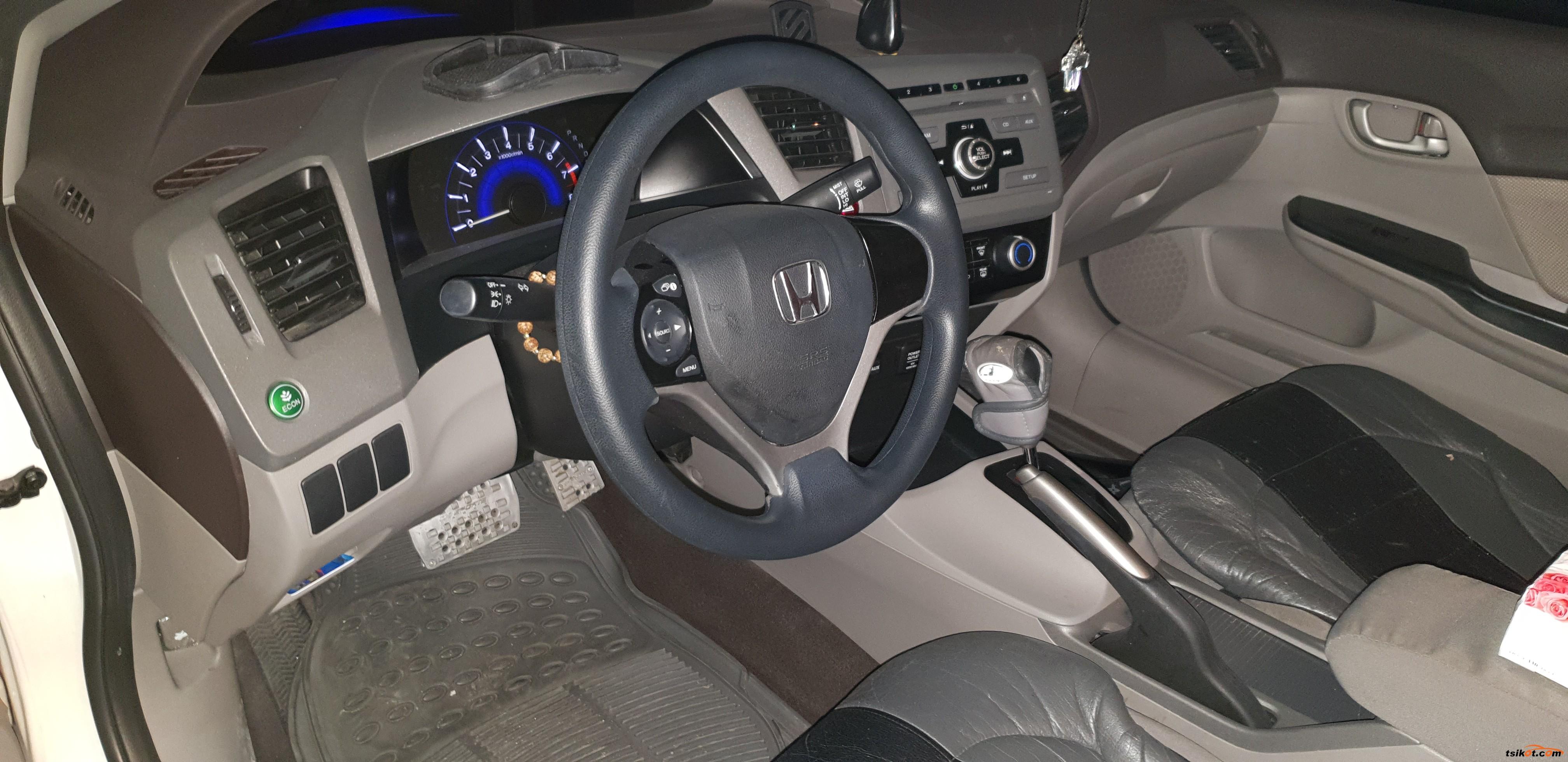 Honda Civic 2013 - 7