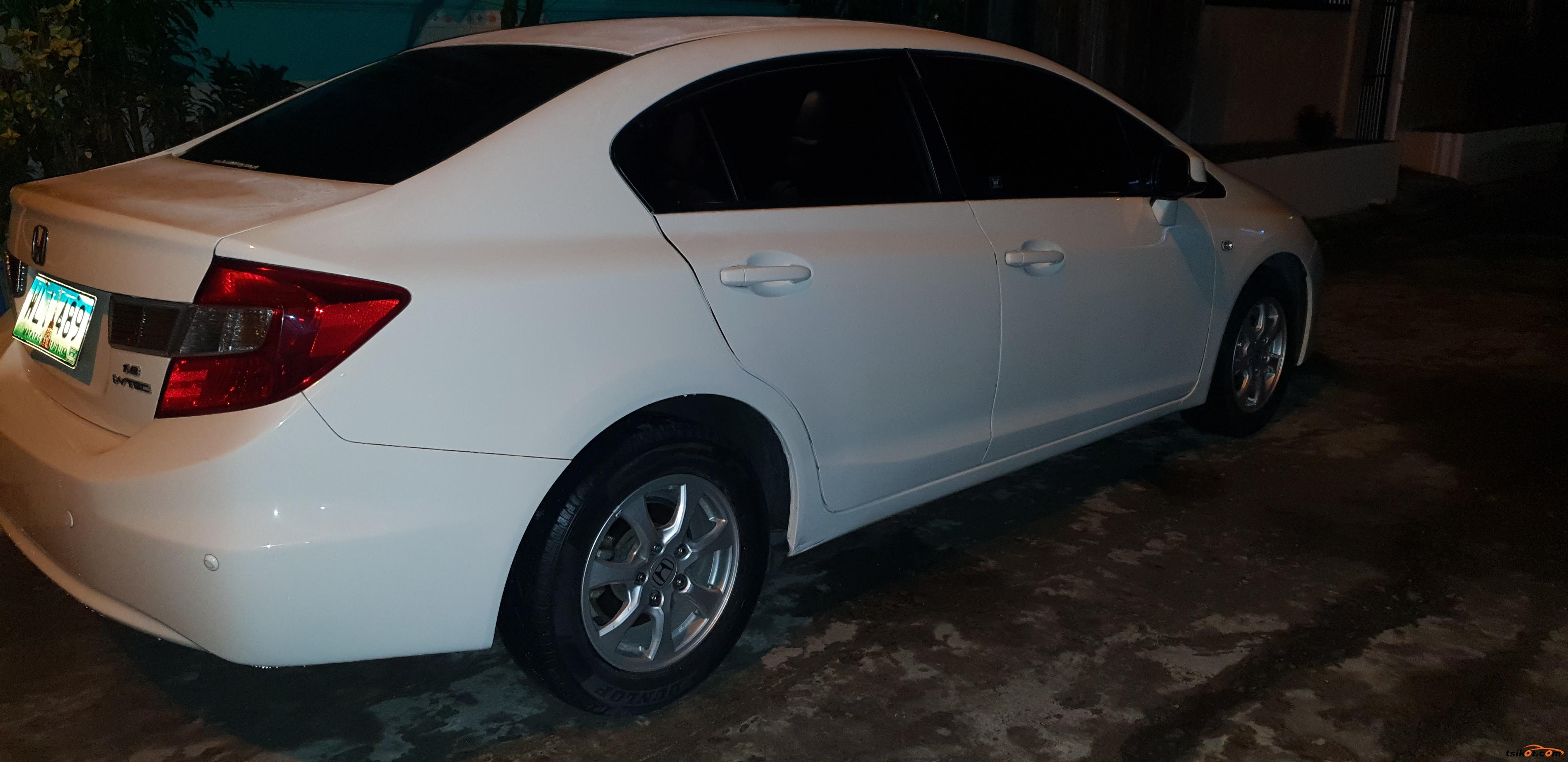 Honda Civic 2013 - 8