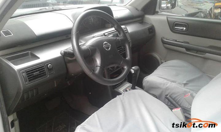 Nissan X-Trail 2003 - 4