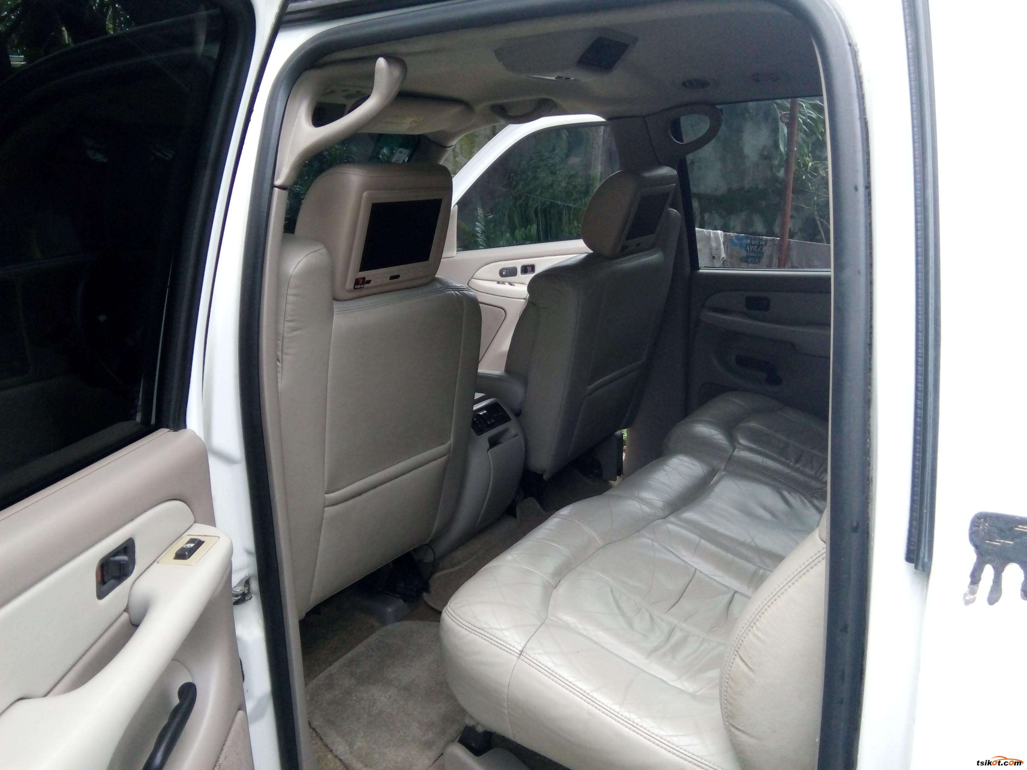 Chevrolet Suburban 2001 - 4