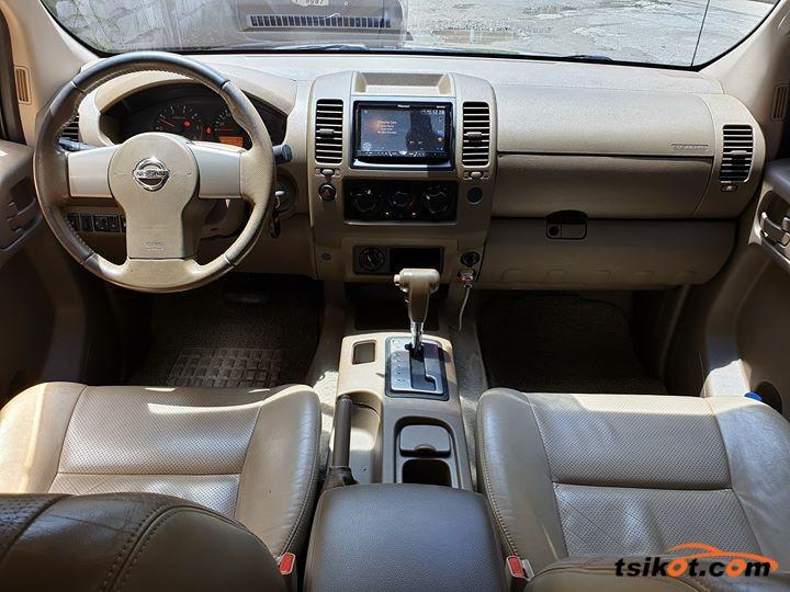 Nissan Navara 2009 - 4