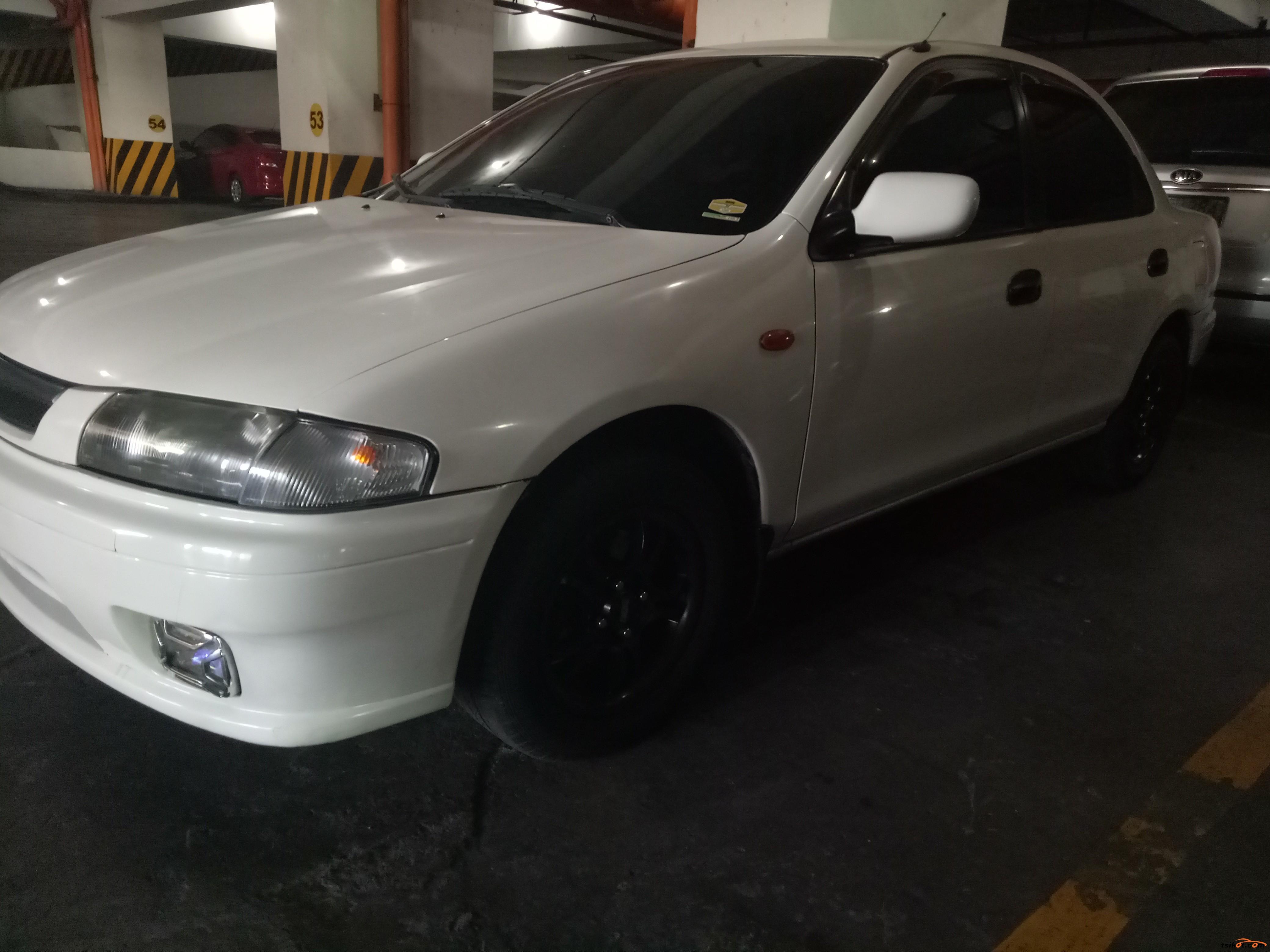 Mazda 323 2000 - 5