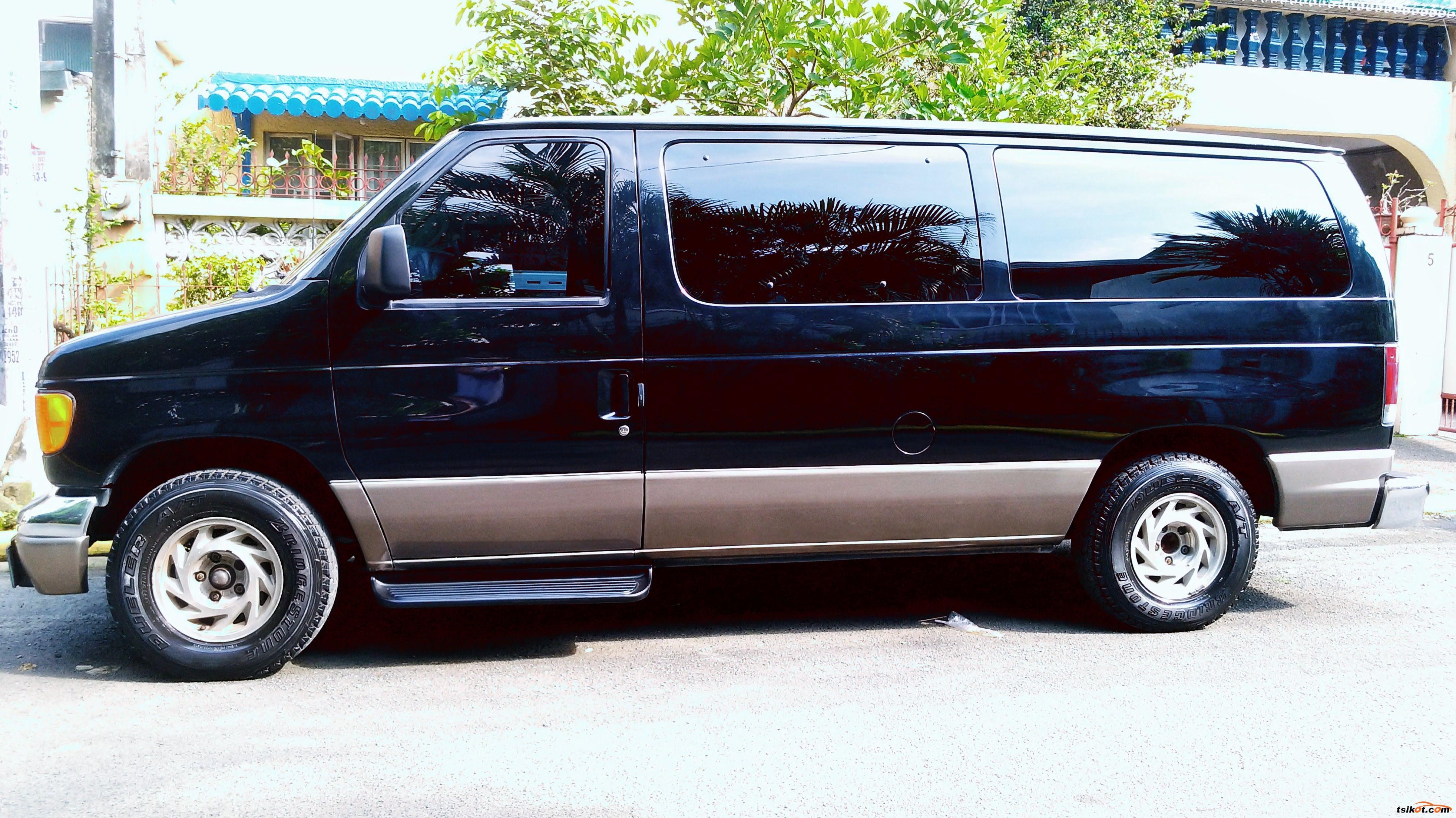 Ford E-150 2003 - 2