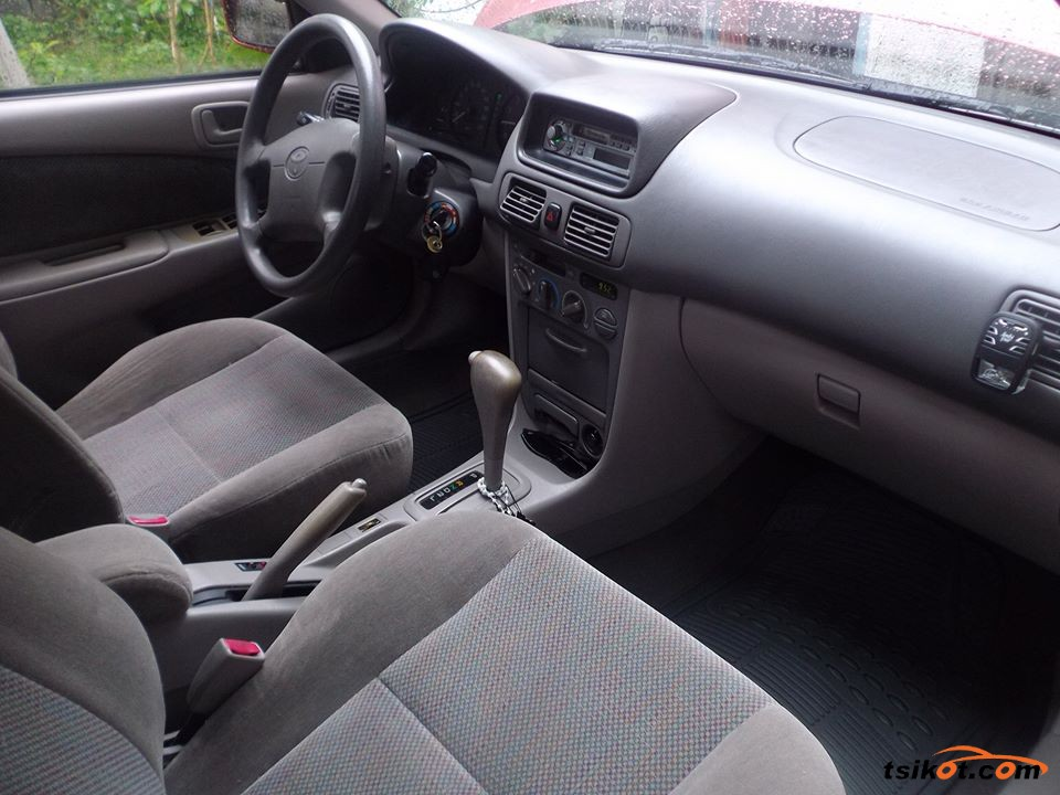 Toyota Corolla 2001 - 9