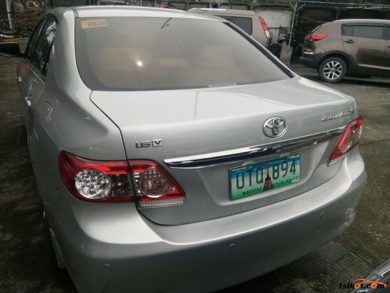 Toyota Corolla 2013 - 4