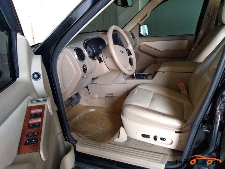 Ford Explorer 2009 - 4