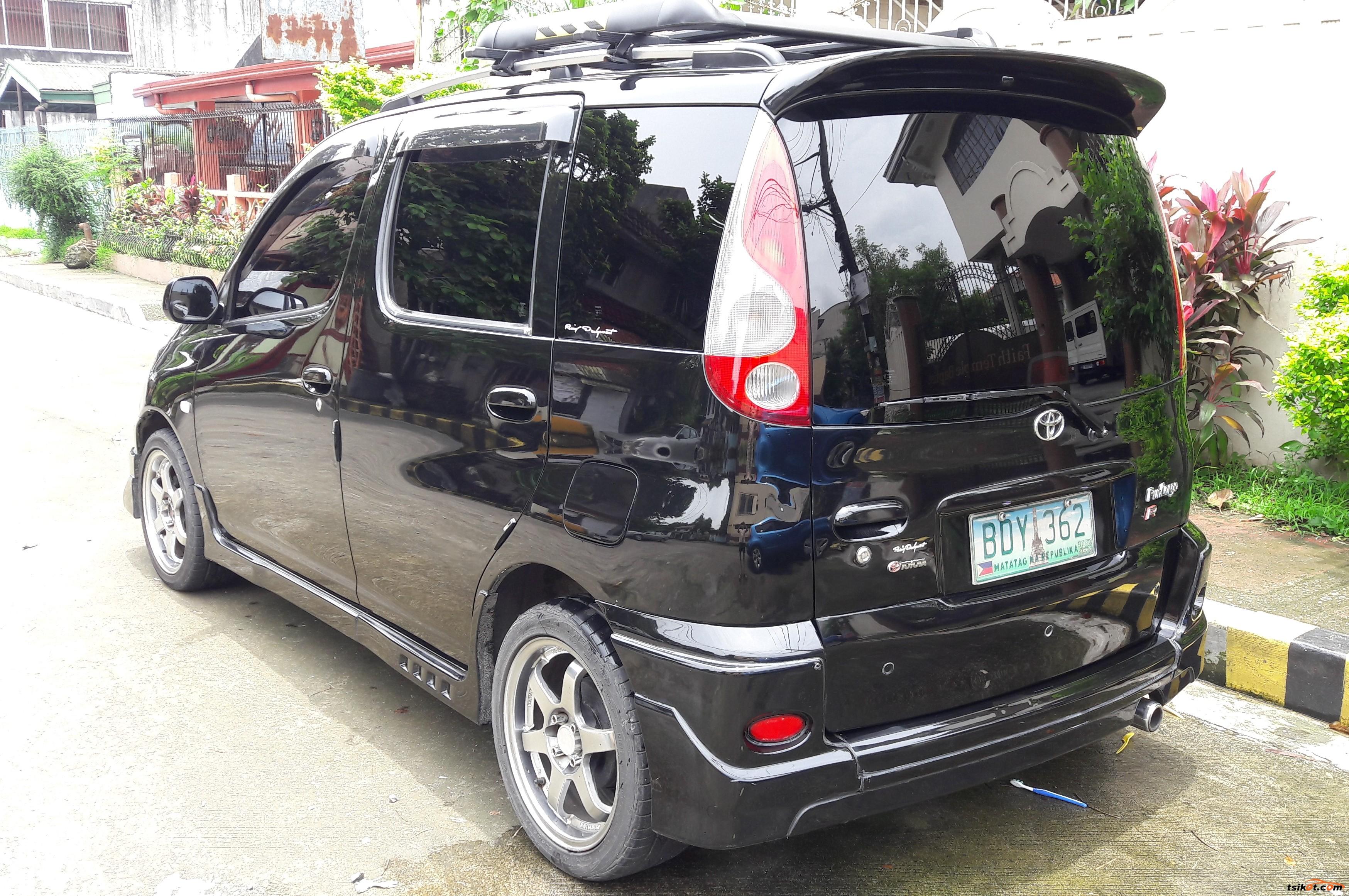 Toyota Echo 2012 - 2
