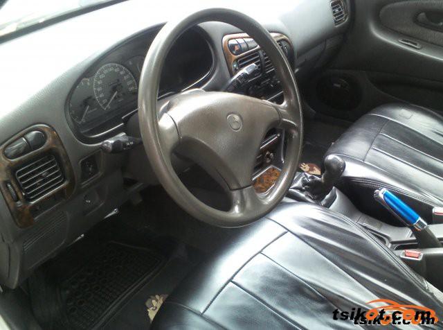 Mitsubishi Lancer 1996 - 2