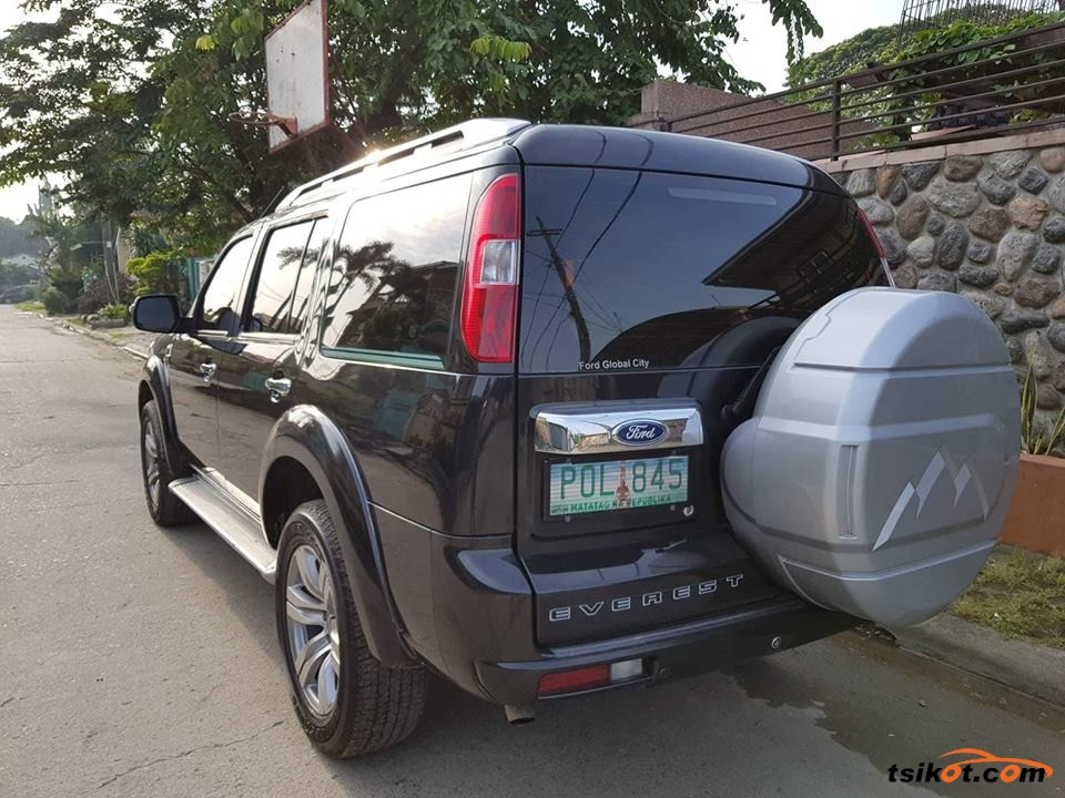 Ford Everest 2011 - 2