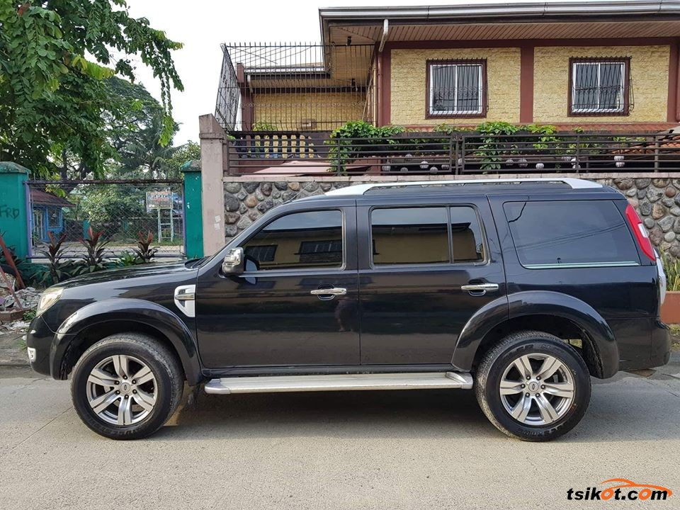 Ford Everest 2011 - 3