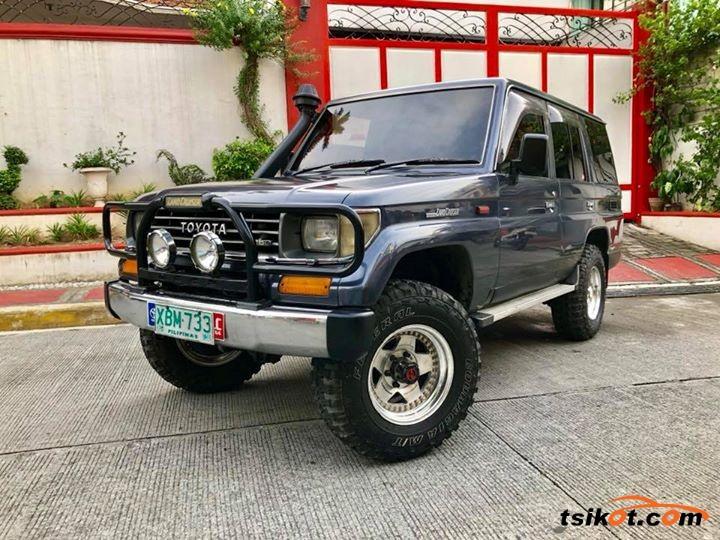 Toyota Land Cruiser 1970 - 3