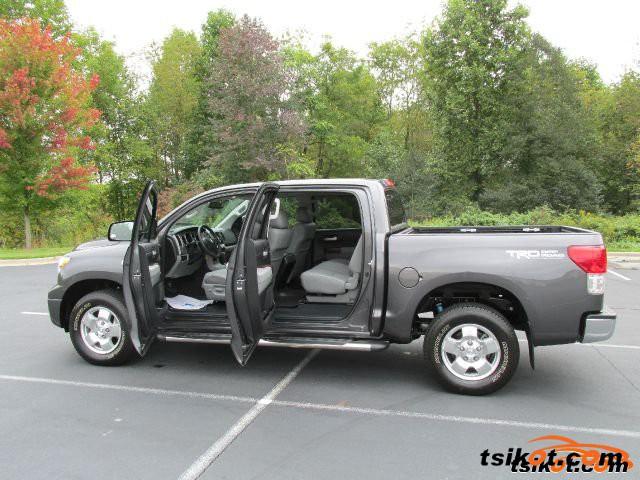 Toyota Tundra 2013 - 1