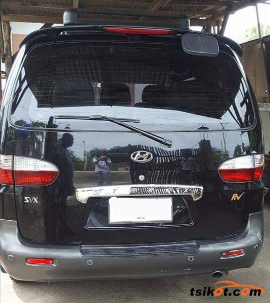 Hyundai Starex 2002 - 7