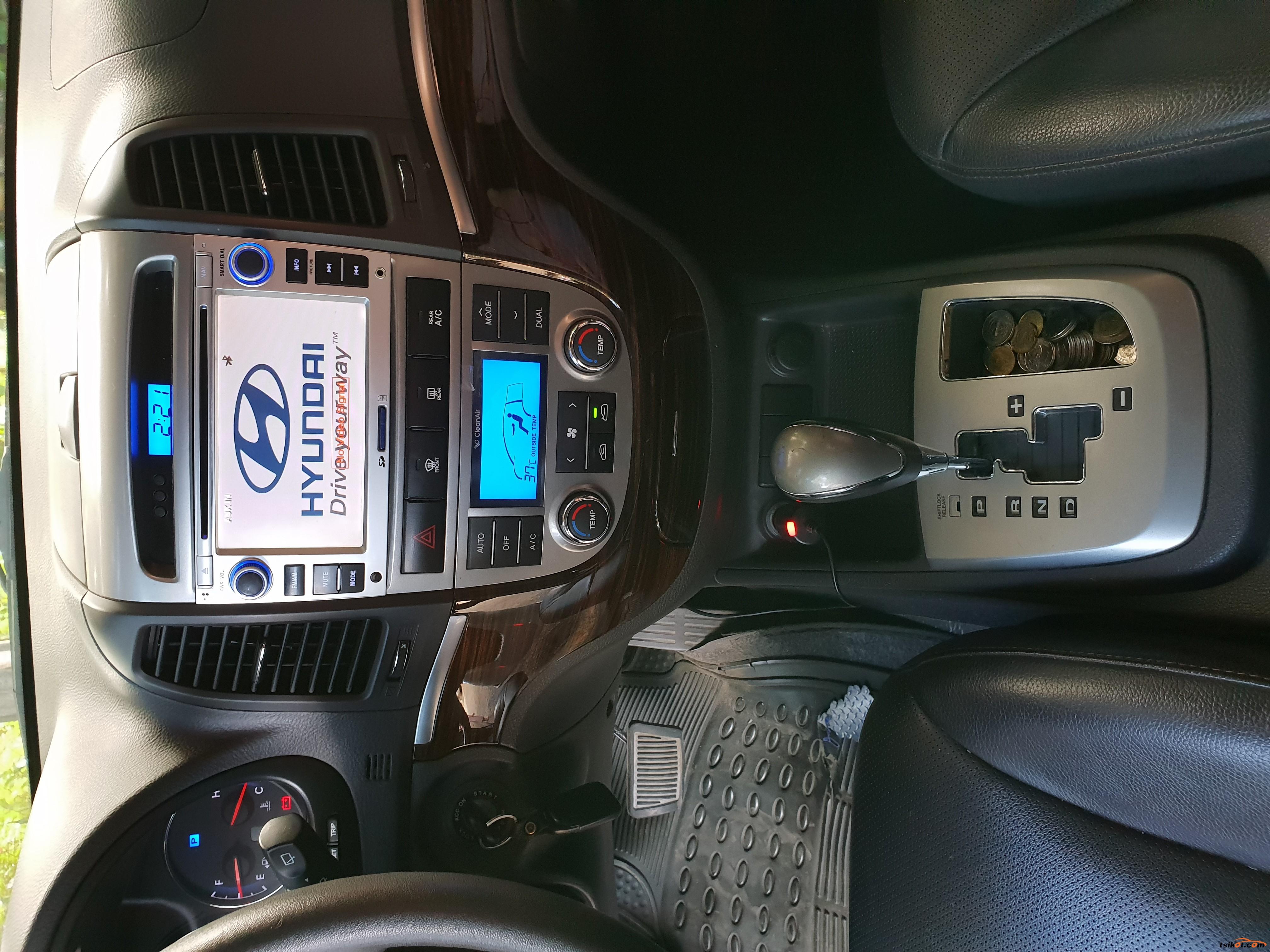 Hyundai Santa Fe 2011 - 10