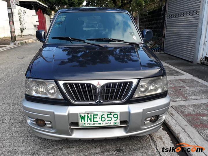 Mitsubishi Adventure 2002 - 1