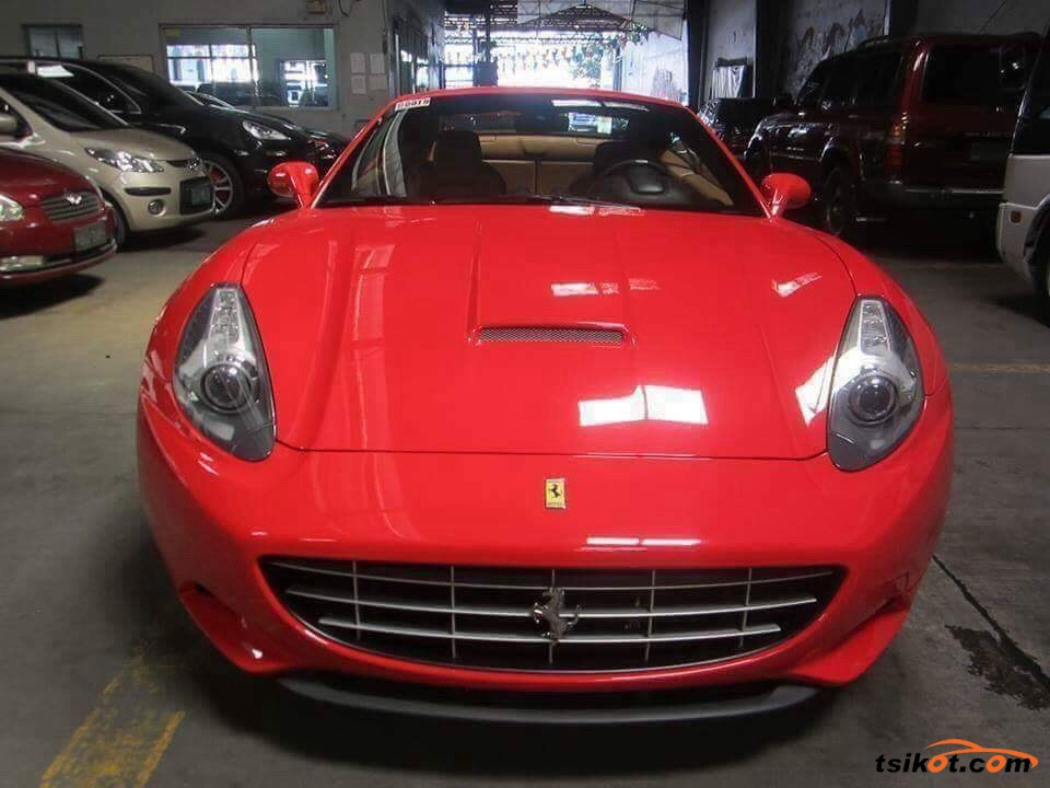 Ferrari California 2013 - 4
