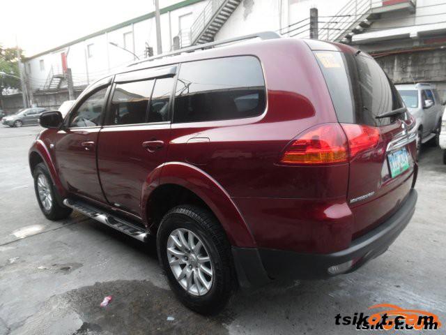 Mitsubishi Adventure 2013 - 1