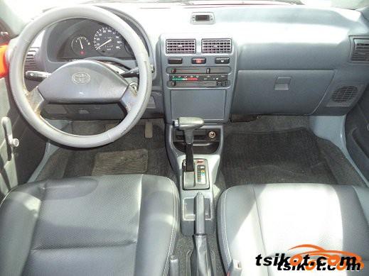 Toyota Sienna 1998 - 1