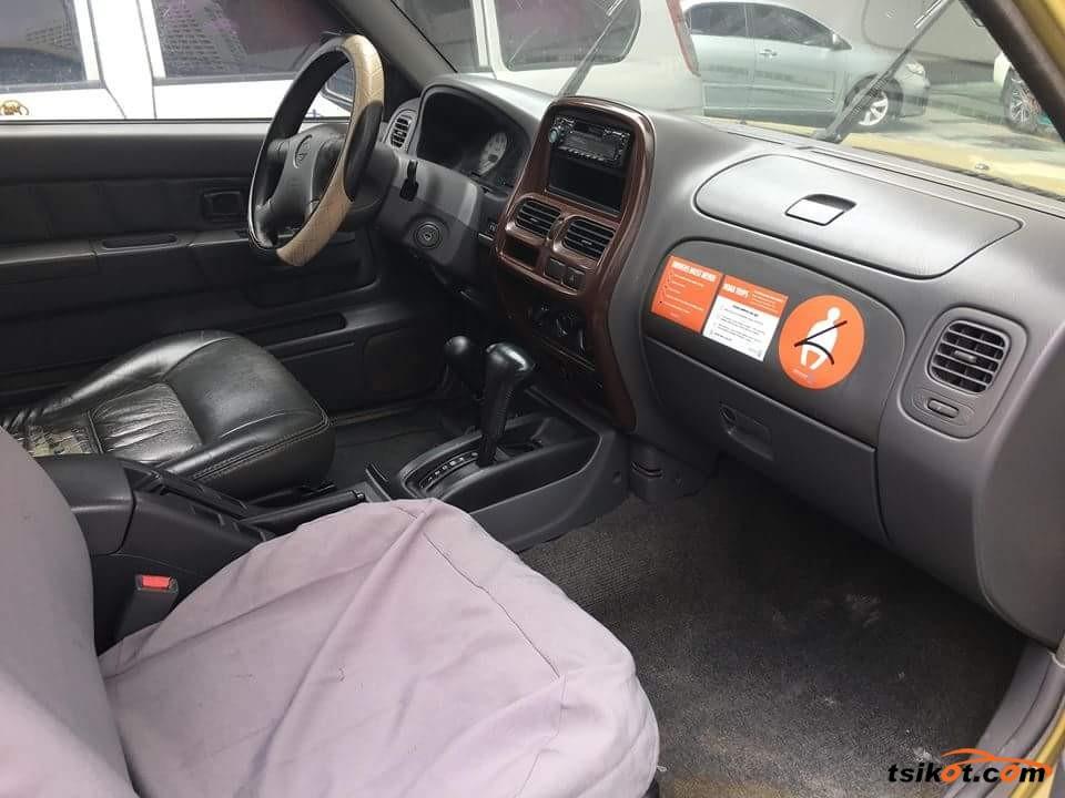 Nissan Frontier 2002 - 2