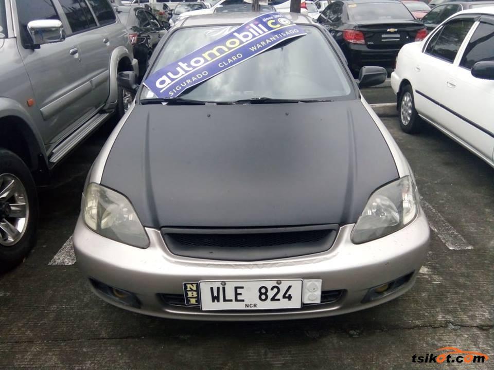 Honda Civic 2000 - 2