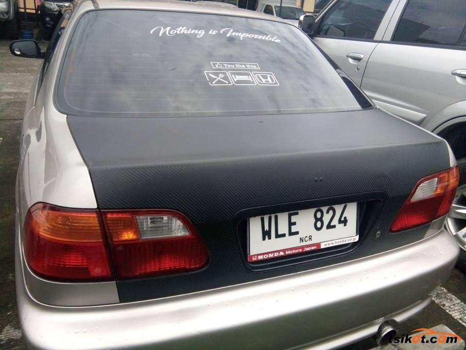 Honda Civic 2000 - 3