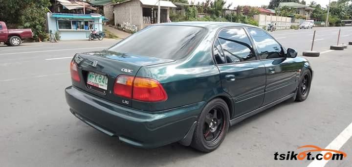 Honda Civic 1999 - 2