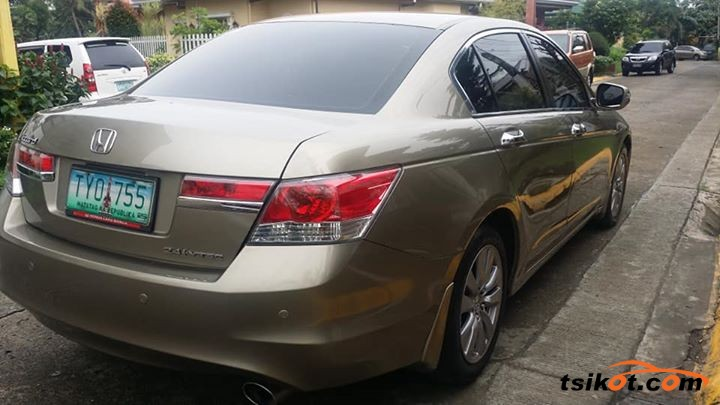 Honda Accord 2011 - 5
