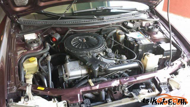 Mazda Familia 2000 - 1