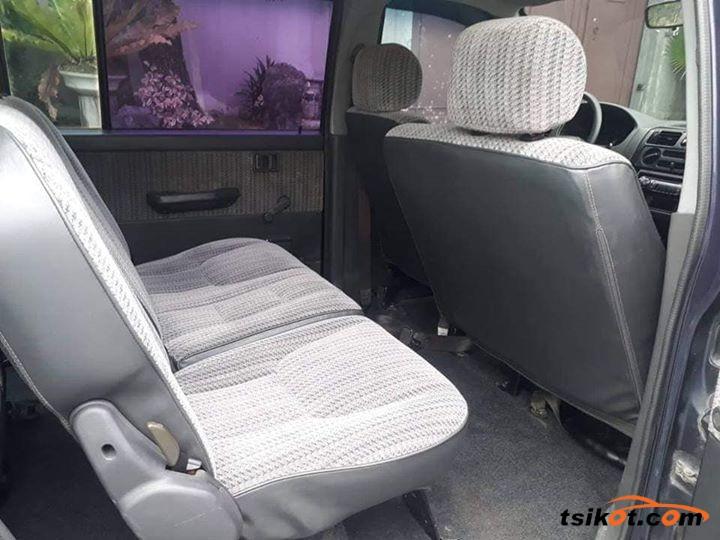 Mitsubishi Adventure 2002 - 10