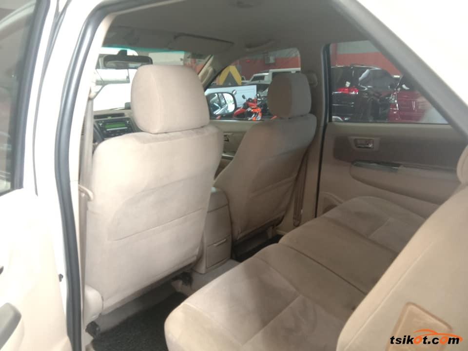 Toyota Fortuner 2006 - 3