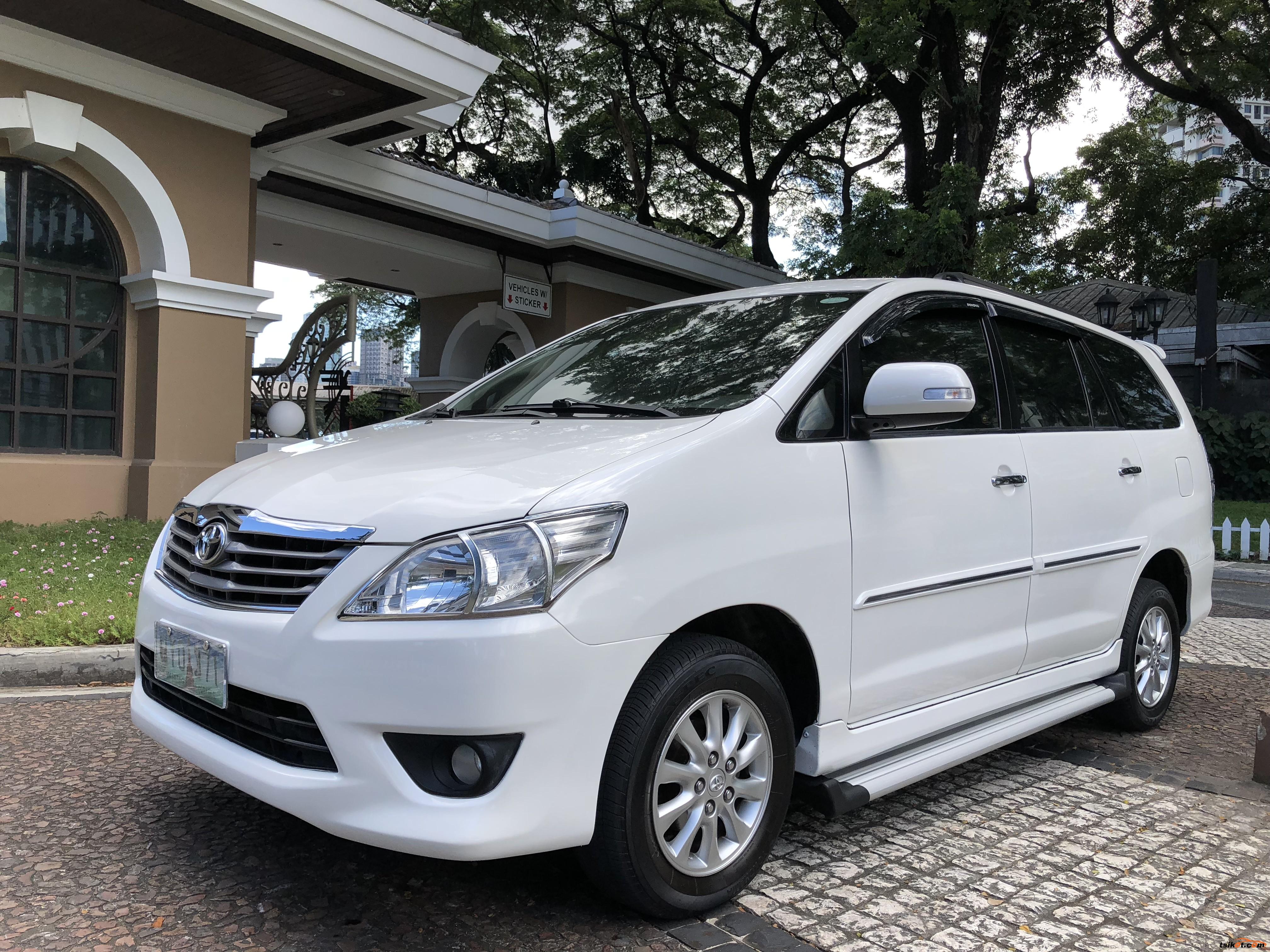 Toyota Innova 2013 - 4