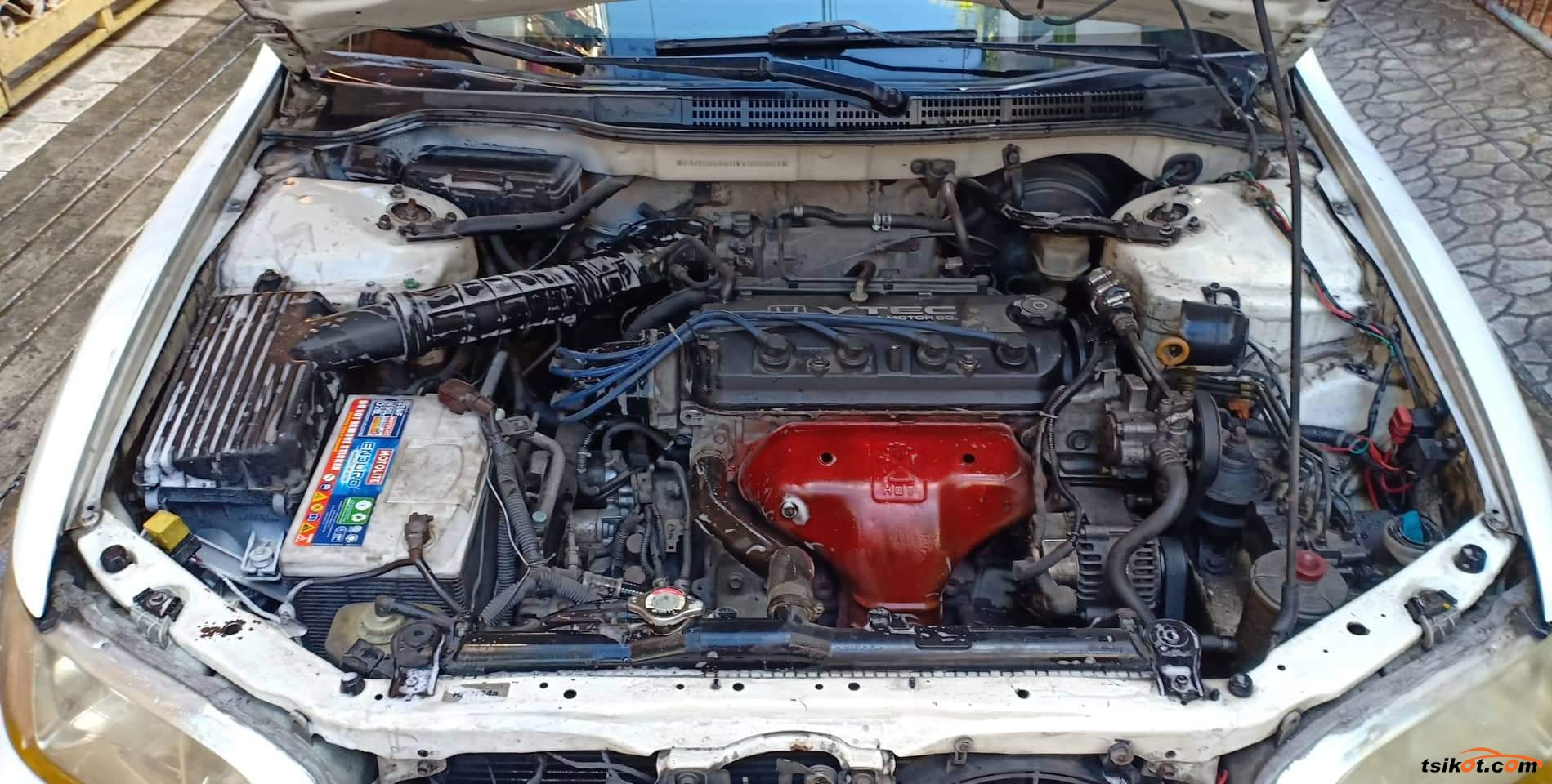 Honda Accord 1998 - 4