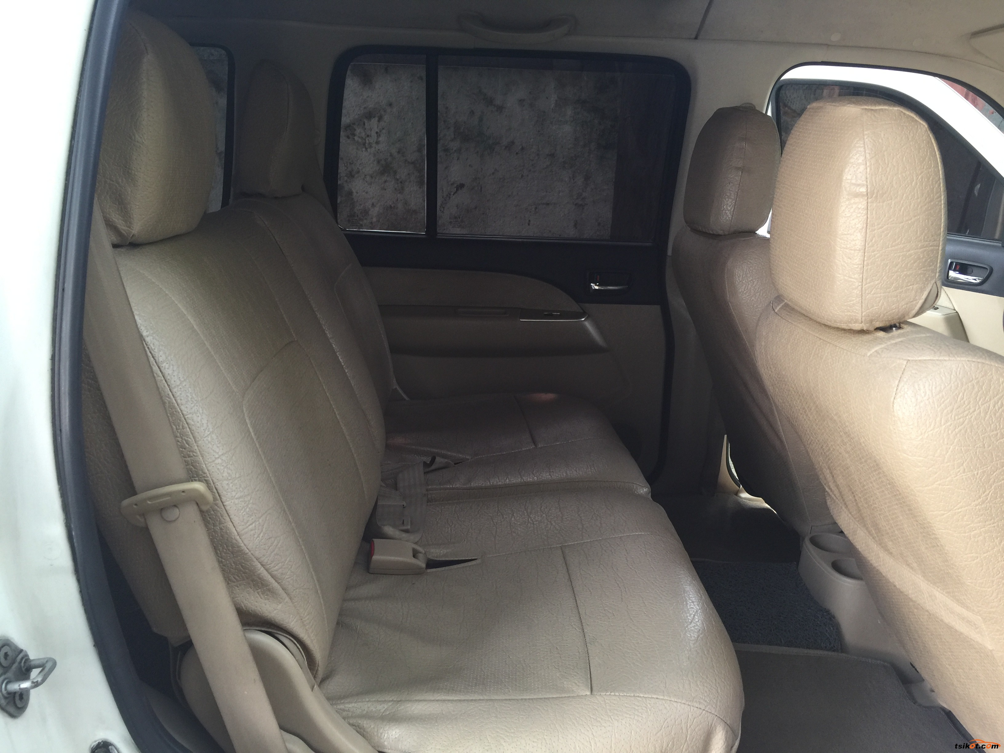 Ford Everest 2007 - 10