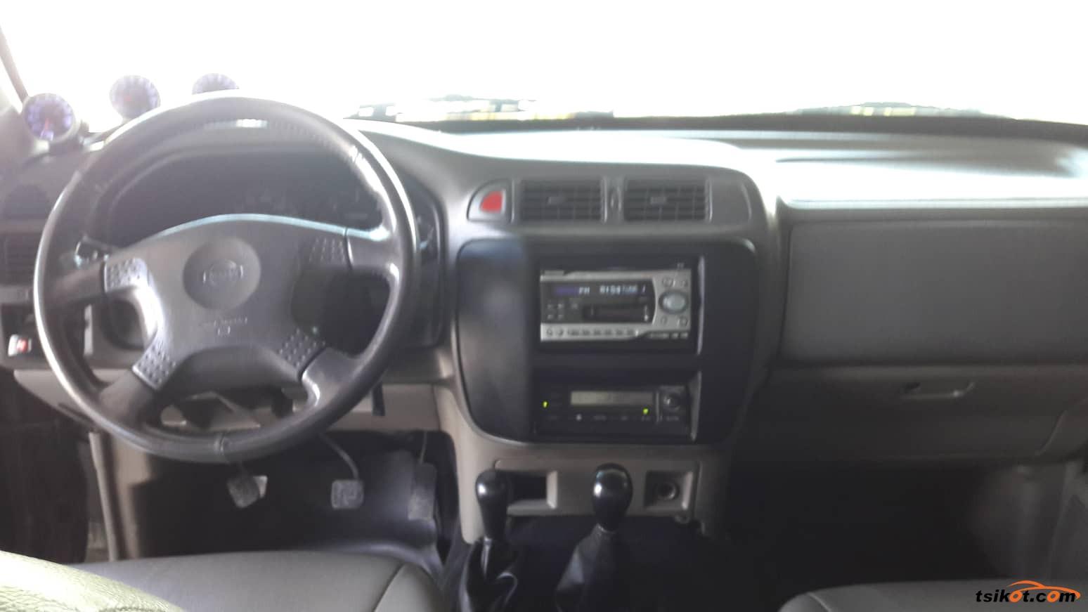 Nissan Patrol 2004 - 7