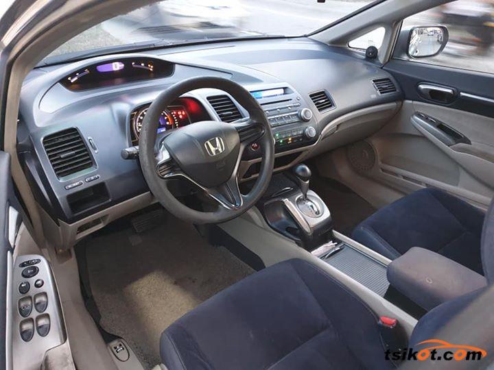 Honda Civic 2007 - 4