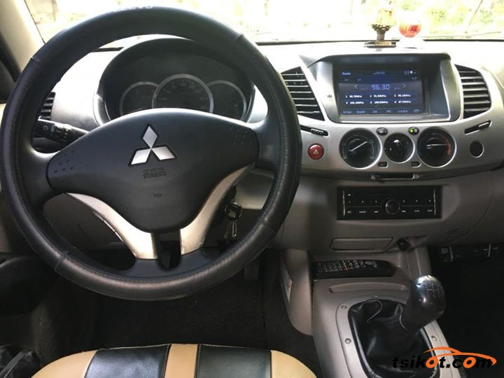 Mitsubishi Strada 2014 - 4